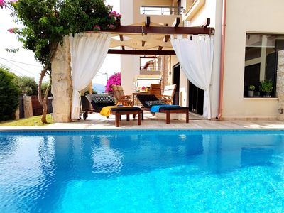 Photo for 4BR Villa Vacation Rental in Αγ. Βασίλειος