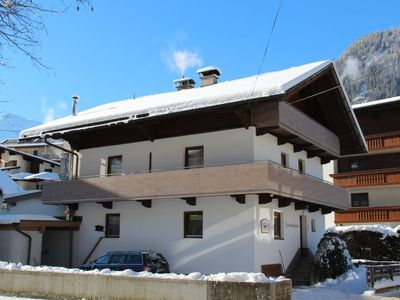 Photo for Apartment Sonnenheim in Mayrhofen - 4 persons, 2 bedrooms