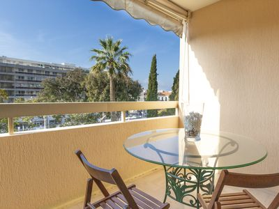 Photo for Studio in the heart of Cannes ideal for professional trips