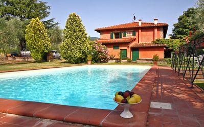 Photo for Villa Cascia - Lovely villa in the heart of the Tuscan countryside