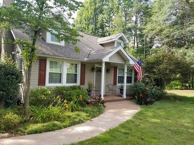 Quaint Cottage Just on the Edge of Town near the Swamp Rabbit Trail