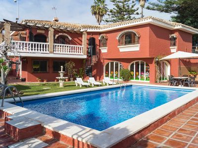 Photo for This 4-bedroom villa for up to 8 guests is located in Chilches and has a private swimming pool and W