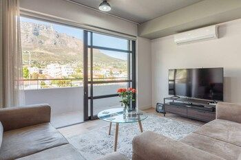 Photo for Stylish 2 Bedroom Luxury Apartment In Gardens