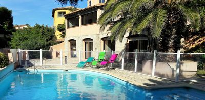 Photo for Spacious villa in Provence with swimming pool