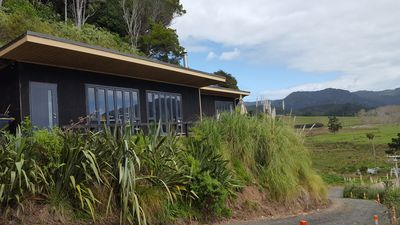 Photo for Beach, Bush, Birdsong and stunningly Beautiful views with a touch of luxury.
