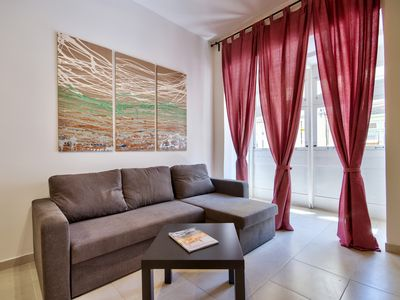 Photo for Centrally Located 2-Bedroom Apartment