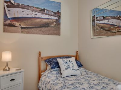 Photo for 4 star 2 bedroom apartment, centre of Whitby for 3 adults plus toddler and dog.