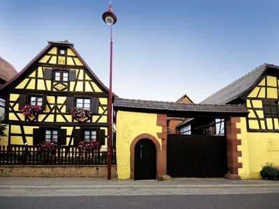 Photo for Charming cottage in an old Alsatian farmhouse timbered nineteenth.