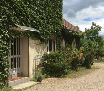 Photo for Renovated cottage in the heart of the Jura vineyard.