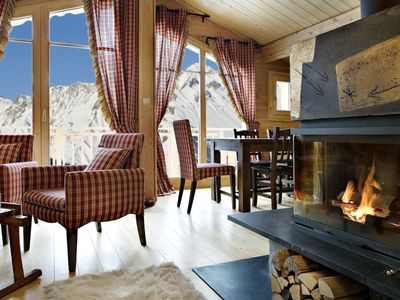 Photo for Chalet Coton - Luxury self-catered chalet w/ Jacuzzi in St Martin de Belleville