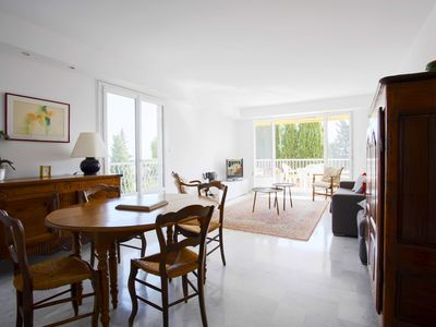 Photo for Large bright apartment 90M2 5 minutes from the sea / by Weekome