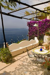 Photo for Positano: Villa Ibiscus ancient villa on the sea in the heart of Positano