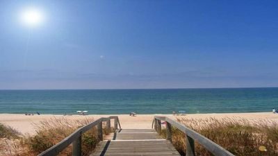 Photo for Cozy house, quiet, close to beach, commerce, wifi, air conditioning, TV sat