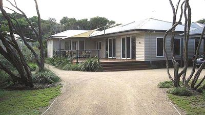 Very Private, unique holiday home, close to all activities on the Peninsula