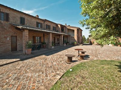 Photo for Vacation home Podere Mezzavia  in Asciano (Siena), Siena and surroundings - 6 persons, 3 bedrooms