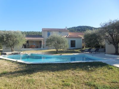 Photo for House with large private pool in Provence