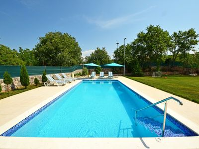Photo for This 3-bedroom villa for up to 6 guests is located in Trilj and has a private swimming pool, air-con