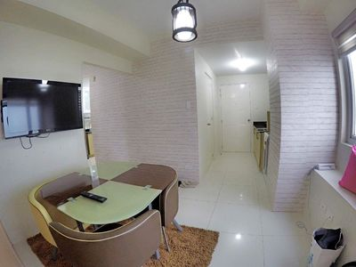 Photo for Deluxe Tagaytay 2 Bedroom and 2 Bathroom with WiFi and Cable TV