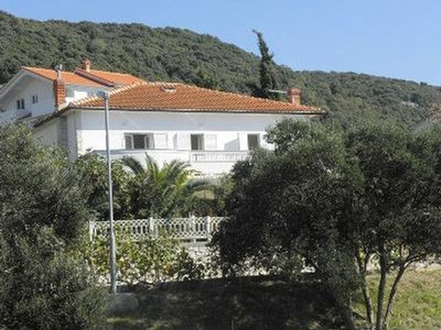 Photo for Holiday apartment Rab for 8 - 10 persons with 5 bedrooms - Holiday apartment