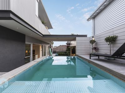 Photo for 4 Bedroom Luxury House with Pool & Near Beach