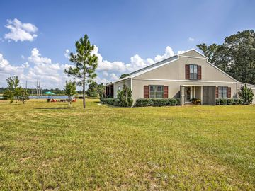 New! Lakefront 3BR Jefferson House on 19 Acres!