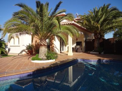 Photo for Luxurious little villa with private pool and beautiful garden in Moraira