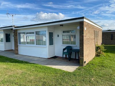 Photo for Superb chalet to hire in Scratby by the beach in Norfolk ref 52057CS