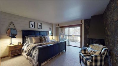 Photo for Stylish updated condo you are sure to love! Near The Village and golf views!