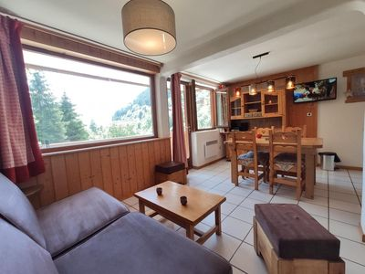 Photo for Wifi, 2nd floor, fitness, swimming pool, balcony, parking, tv, 26m², Champagny-en-Vanoise