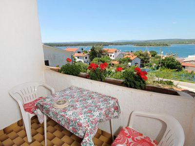 Photo for Two bedroom apartment with balcony and sea view Punat, Krk (A-5428-a)
