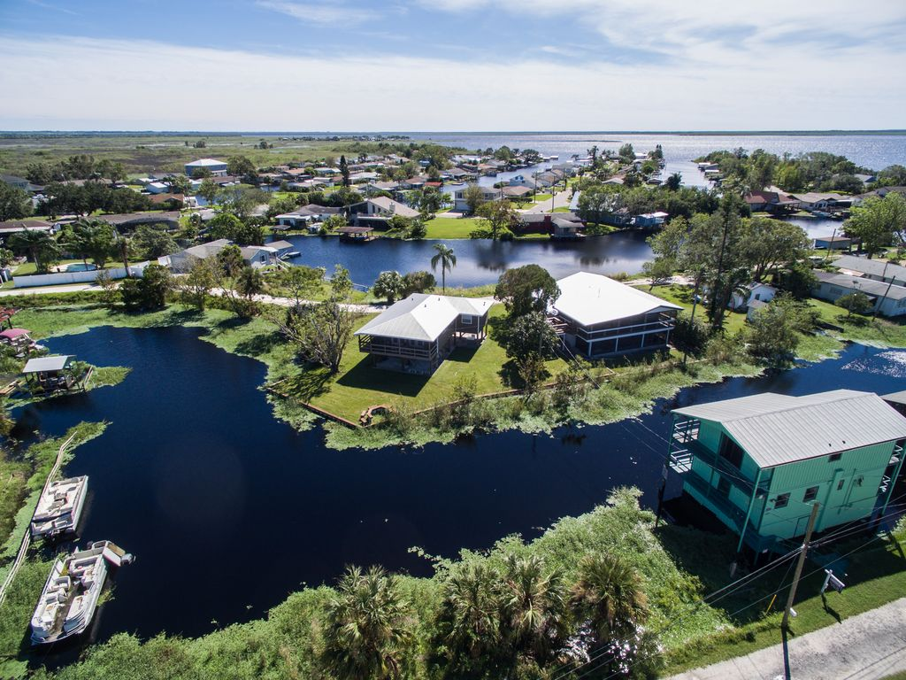 Cocoa Beach Waterfront House Rentals
