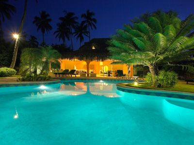 Photo for Charming and Spacefull Villa San Lucas : 100 meters from a white sand beach !