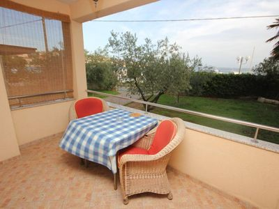 Photo for One bedroom apartment with terrace and sea view Preko (Ugljan) (A-8315-e)