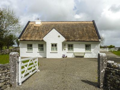 Photo for BROOKWOOD COTTAGE, family friendly in Cong, County Mayo, Ref 974486