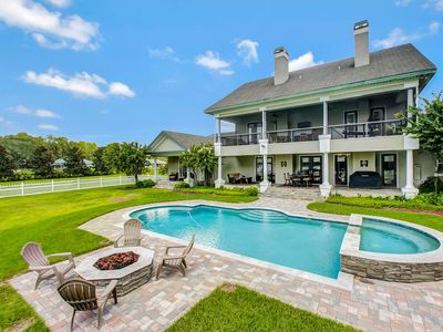 LakeFront  Manor Executive Estate - 5BR-