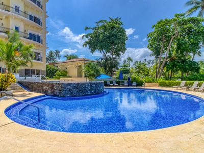 Photo for Luxury beachfront Condo in Jaco downtown