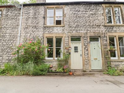 Photo for RIVER VIEW in Litton Mill In Miller's Dale, Ref 1007907