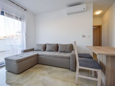 Photo for Apartment Sunshine in Vodice - 4 persons, 1 bedrooms
