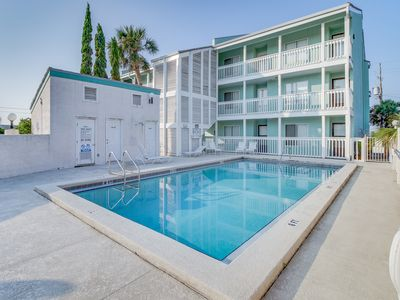 Photo for Multi-level seaside condo w/ easy beach access, shared pool, & water views!