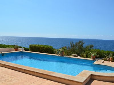 Photo for Elegant 3-bedroom villa in Fig.1. Sea line with stunning views