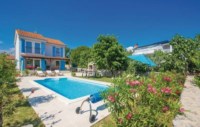 Photo for Villa Doris with heated pool gym and kids playground (V8891-K1) - Malinska - island Krk