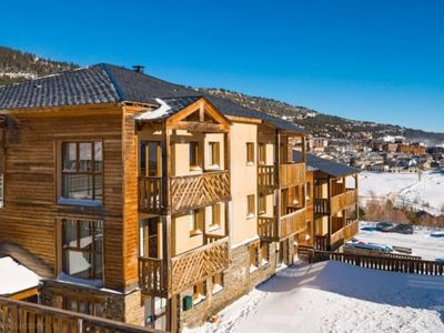 Photo for Apartment in ski in residence with jacuzzi