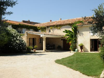 Photo for Authentic farmhouse in the heart of 'Provence'.