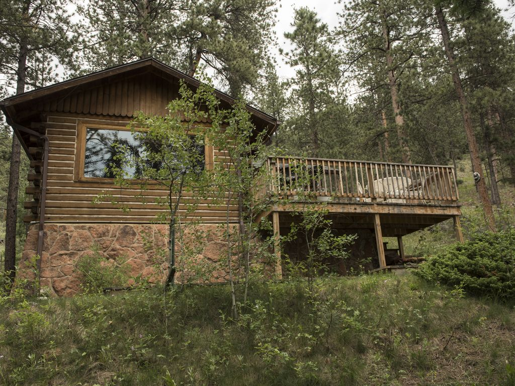 listen to the river from your private cozy cabin glen