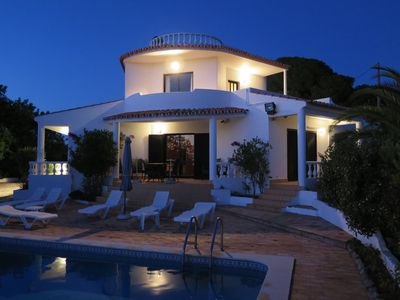 Photo for Luxury air conditioned 3 bedroom secluded villa with pool and WIFI