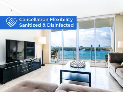 Photo for Cozy and spacious condo with amazing intracoastal views. WIFI + Parking