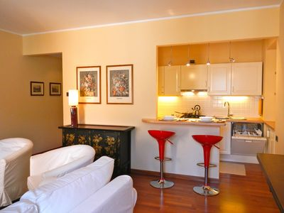 Photo for Charming romantic apartment in an ancient villa in Bellagio, close to lakeshore