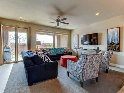 Photo for Mountain view townhome w/ private splash pad and a shared pool, hot tub & gym!