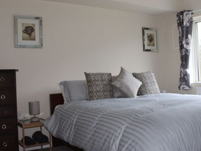 Photo for Castell Cottages: 3 stars. 400m to Caerphilly Castle 15 mins by train to Cardiff