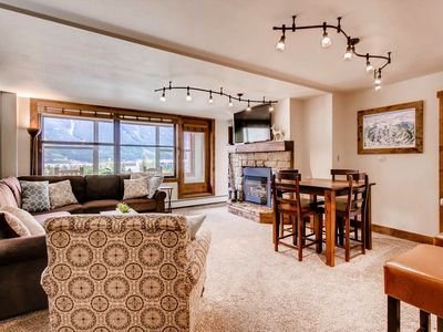 Newly remodeled, clean corner unit & mountain view in the ♥ of Central Village!